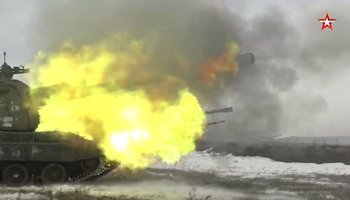 «Мста-С» нанесли упреждающий огонь по целям под Оренбургом — видео