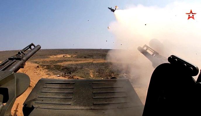 «Панцири» Ленинградской армии ВВС и ПВО отразили авианалет в Астраханской области