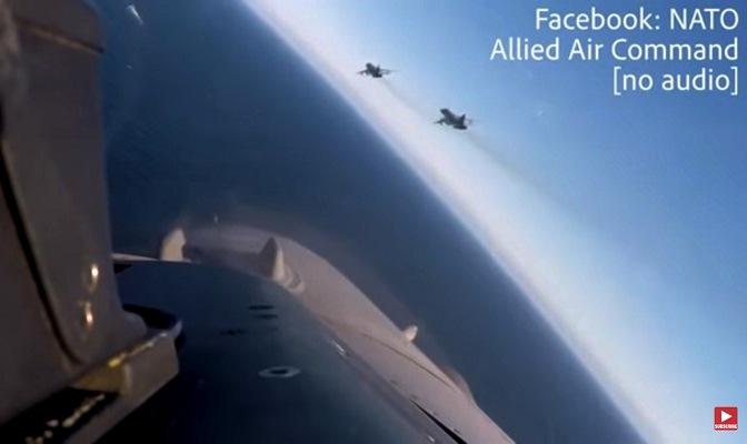 Daily Mail (Великобритания): драматический момент перехвата бельгийскими истребителями F-16 вооруженных российских самолетов