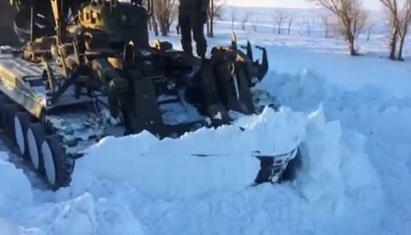 Армия продолжает оказывать помощь жителям населенных пунктов в Волгоградской области