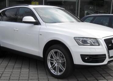 1-Audi-Q5-direktor-upravdom