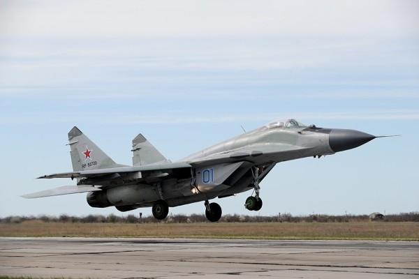 Зачем США купили советские истребители МиГ-29 у Молдавии
