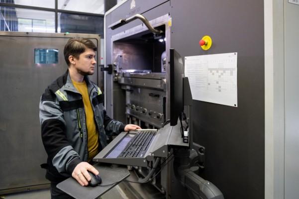 Центр аддитивных технологий получил лицензию на серийное производство авиаизделий