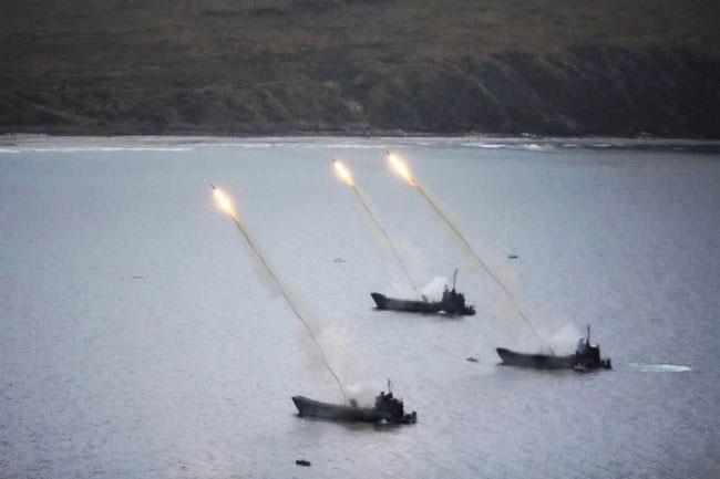 Применение «Змеев Горынычей» с десантных кораблей показали на видео