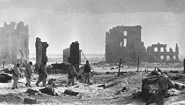 В Пхеньяне открылась выставка в честь юбилея победы в Сталинградской битве