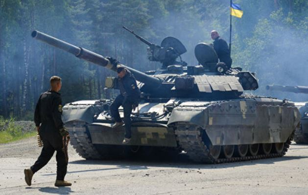 Украинский танк Т-80УД замечен на полигоне в США
