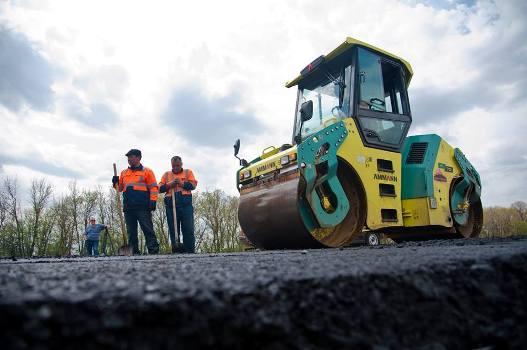 Минтранс увеличил объем средств на ремонт дорог в крупных городах — Волгоград в их числе