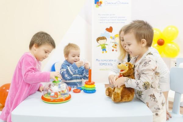 В Волгоградском областном доме ребенка состоялось открытие после ремонта помещений группы «Радуга»