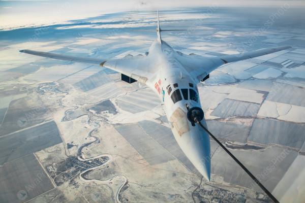 CNN (США): истребители НАТО 10 раз вылетали для сопровождения российских военных самолетов в небе над Европой