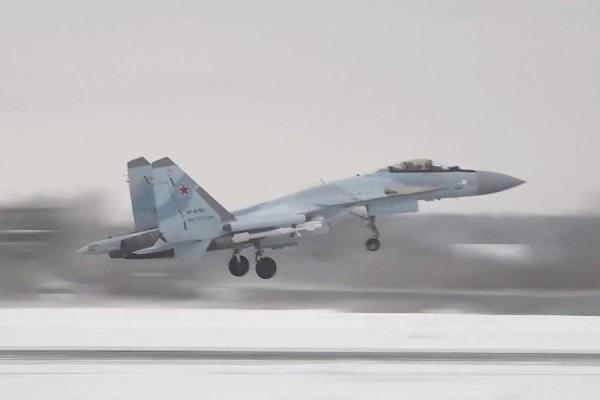 Первые полеты эскадрильи Су-35С — видео