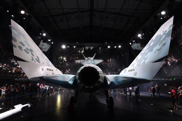 Глава ОАК Юрий Слюсарь: фактор времени очень важен в проекте нового истребителя, как, собственно, и фактор цены