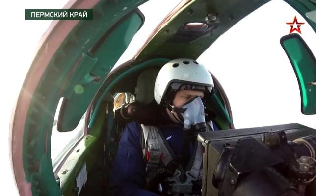 МиГ-31БМ Центрального военного округа уничтожили самолет-разведчик условного противника — видео