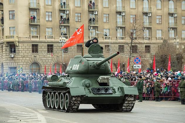 В Волгограде прошли праздничные мероприятия, посвященные 75-й годовщине победы в «Сталинградской битве» 1943 года