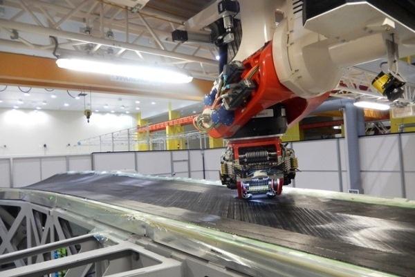 В МГУ разработка материала для крыла самолёта МС-21 находится на финальной стадии