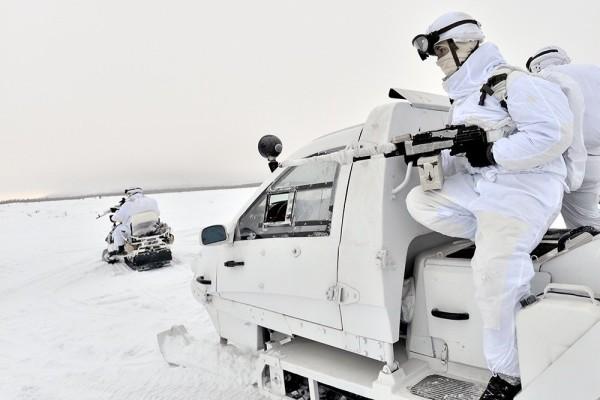 В России разработали материал для маскировки военной техники под сугробы