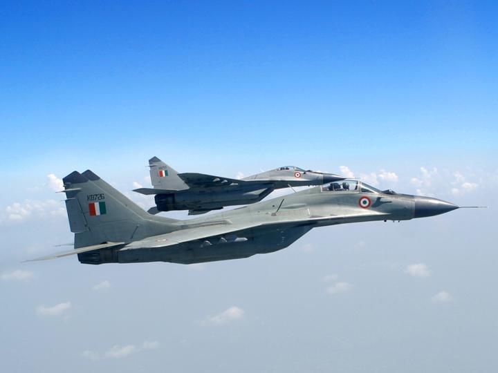 Почему Индия проводит противоречивый курс по военному сотрудничеству с Россией?