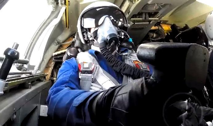 ВКС России показали во всей красе флагман ТУ-160 под песню ульяновской группы