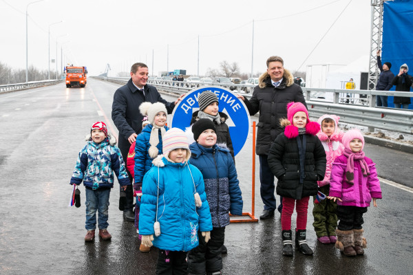 В Волгоградской области открыто движение по новому мосту через Ахтубу