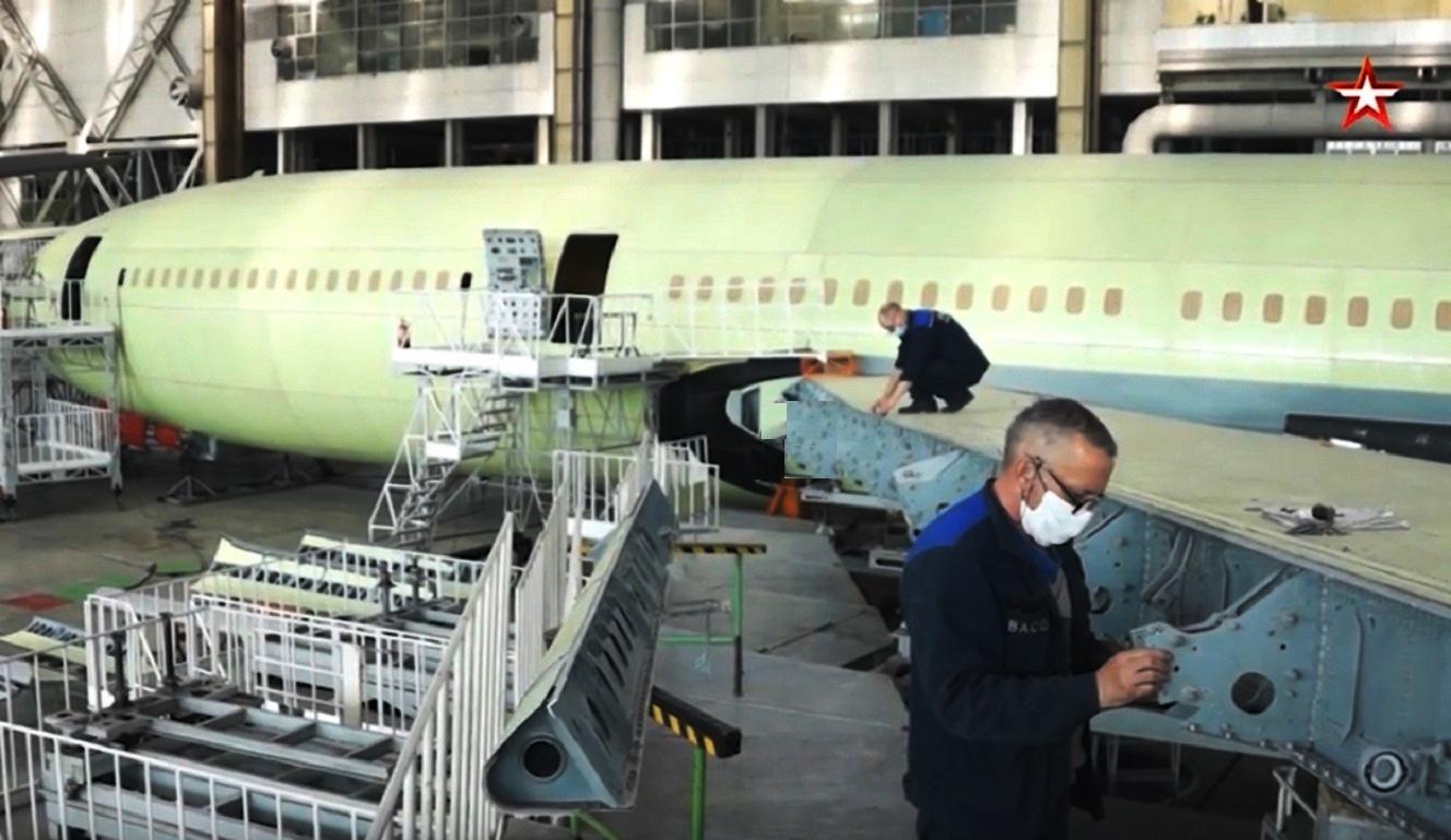 Передача Ил-96-400М на летные испытания запланирована на конец текущего года - кадры из цеха ВАСО