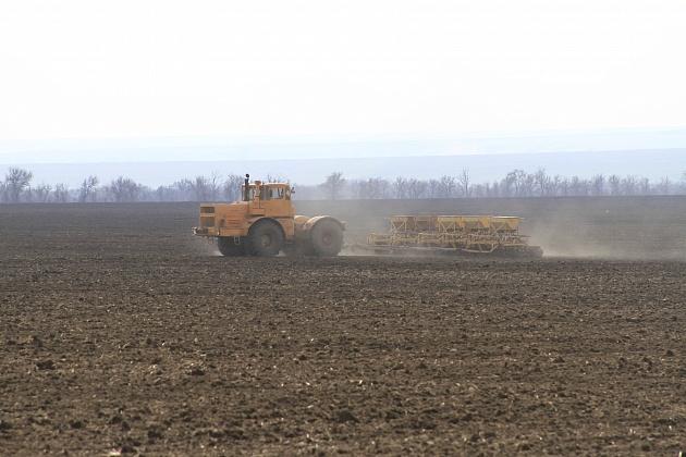 В Волгоградской области приступили к севу яровых