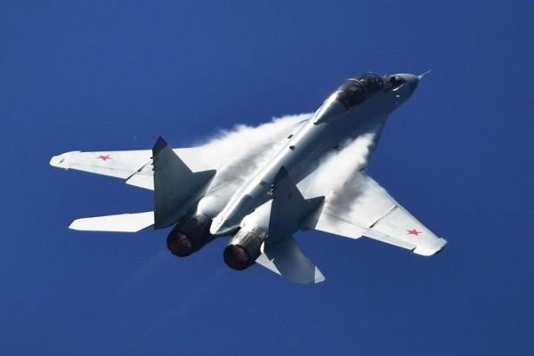 Отставной майор ВВС Канады рассказал о своем первом на Западе полете на МиГ-29 и как после - пил водку за Советский Союз