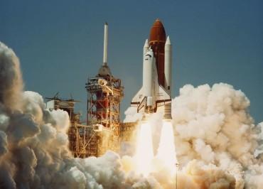 Space_Shuttle_Challenger_(04-04-1983)_d_850