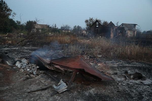 В Светлоярском районе Волгоградской области горел дачный кооператив «Белок»