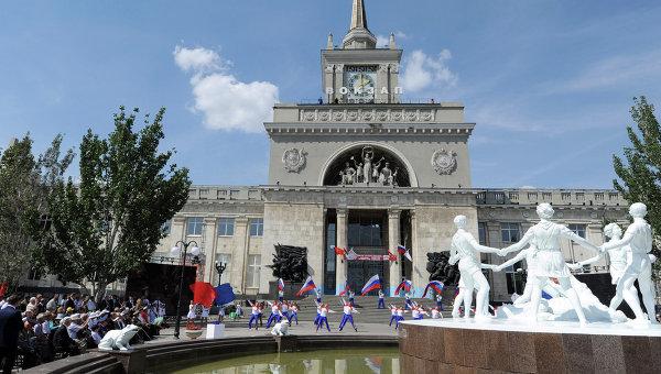 Накануне в полицию позвонил неизвестный и сообщил, что здание ЖД вокзала Волгограда заминировано