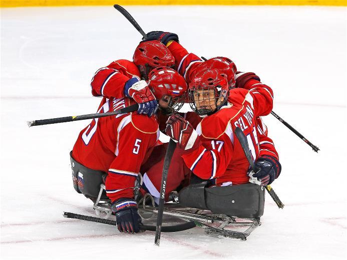 Наши паралимпийцы в финале хоккейного турнира