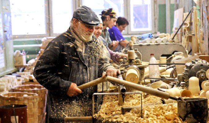 «Единороссы» в Госдуме отказались возвращать индексацию работающим пенсионерам