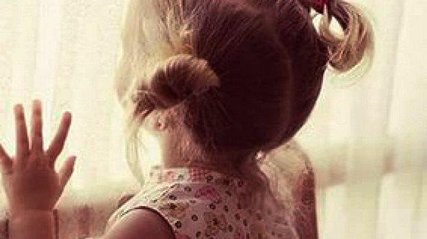 В Камышине выясняются обстоятельства падения 6-летней девочки из окна 4 этажа