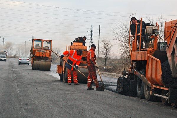 В Волжском на ремонте дорог сэкономят 18 миллионов рублей