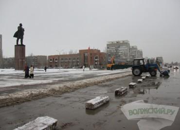 v-volzhskom-zapretili-parkovatsya-okolo-pamyatnika-lenina