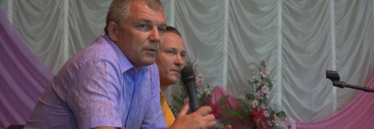 Никто из действующих среднеахтубинских чиновников-единороссов не пришел на предвыборные дебаты, которые состоялись в р.п. Средняя Ахтуба